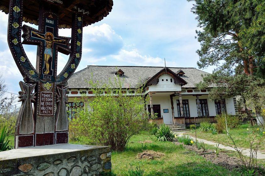 muzee-ale-satului-de-pe-intreg-cuprinsul-tarii-123464.jpg