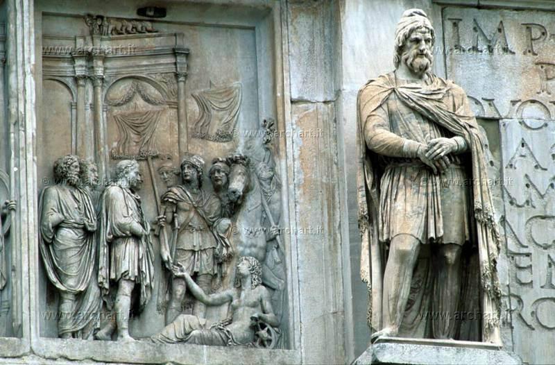 dac-pe-arcul-lui-Constantin.jpg